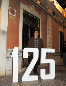 José Ripoll Mateu , actual gerent posa pels 125 anys de Destil·leries Plà