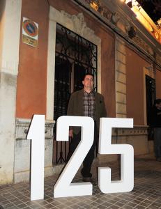 José Ripoll Mateu, posa por los 125 años de Destilerías Plà